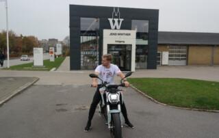 Alexander Hansen hos Jens Winther Automobiler
